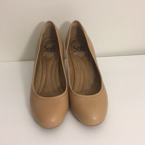 Beautiful Sofft nude high heels - real leather